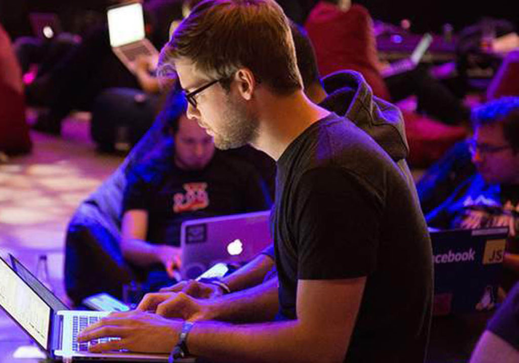 Calling all Grads to join our QueryClick Hackathon
